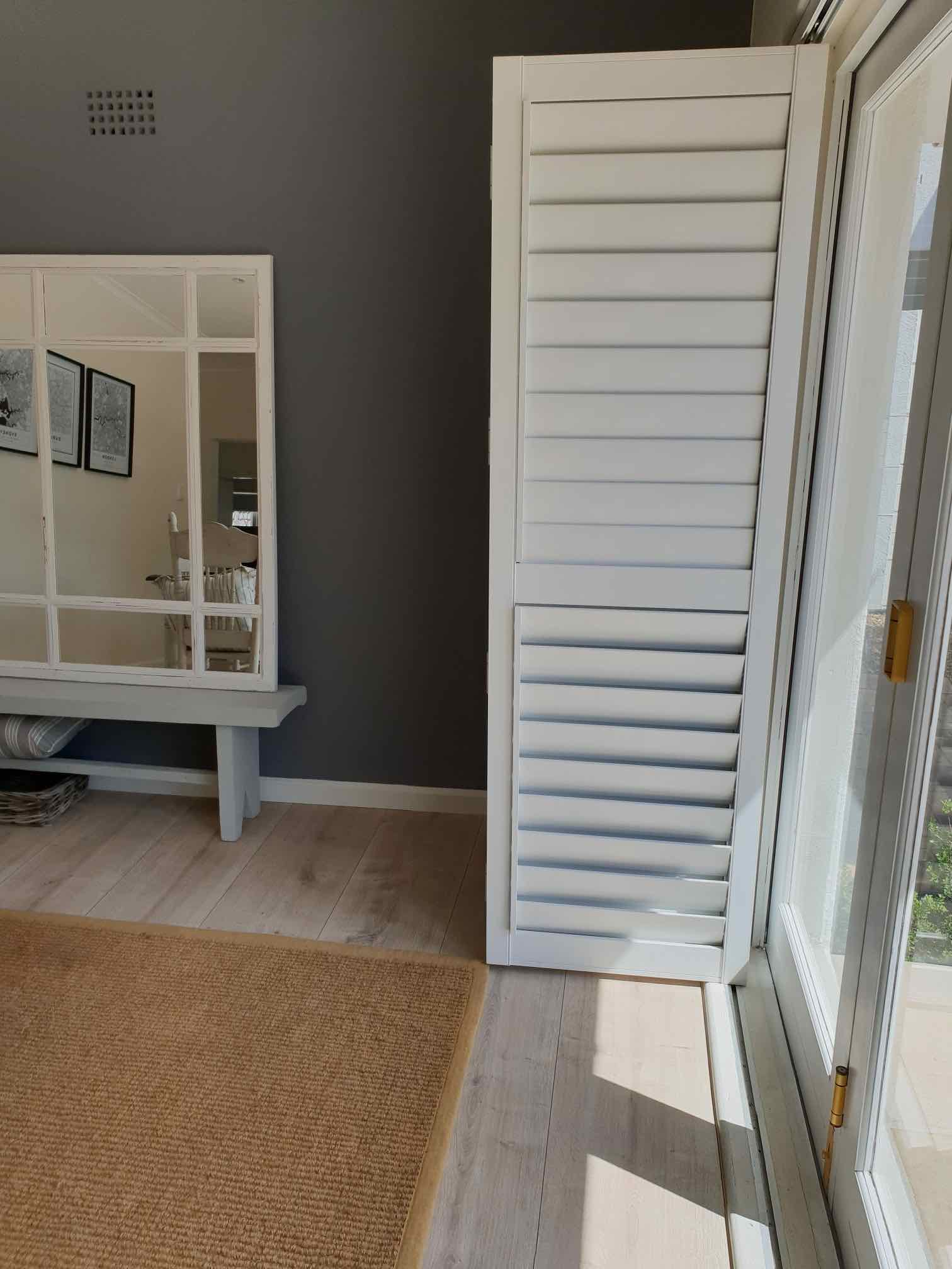 shutters laminate flooring and rugs - tlc flooring