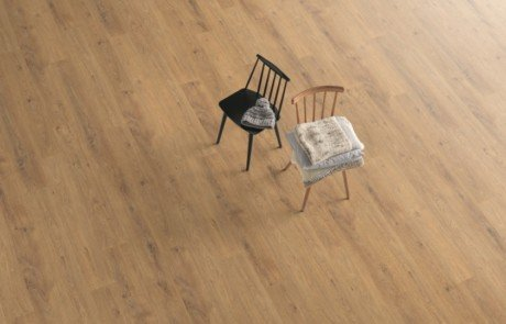Laminate-Floors-EPL096-Natural-Grayson-Oak-Room.jpg