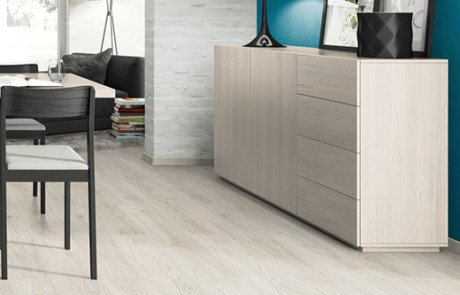 Lamminate Flooring - EPL153 Asgil Oak White Room Pic