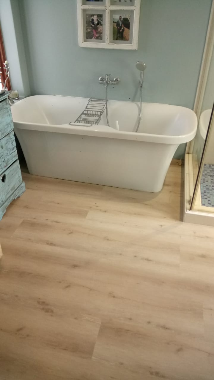 Luxury Vinyl Planks. Skandi Oak Colour 1