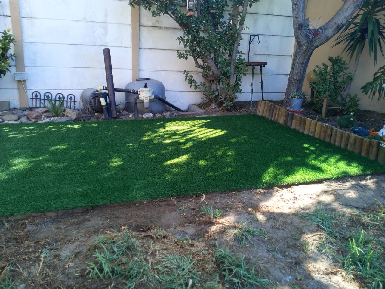 Synthetic Grass Installation Finishing Off 3