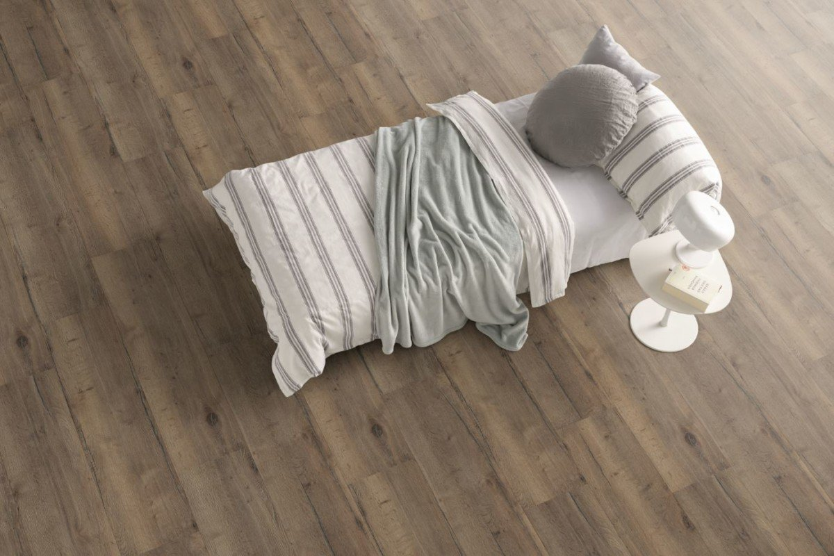 Laminate Flooring - Egger PRO Kingsize EPL016 Valley Oak Mocca Room Pic