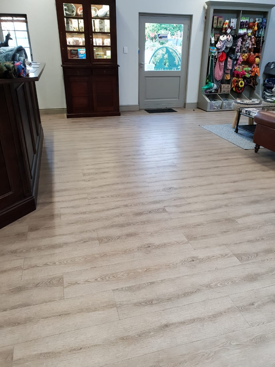 Aspen Original Almond Oak luxury vinyl plank flooring