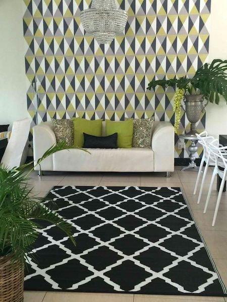Plastic Floor Mats - Black Tangier