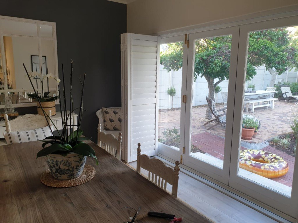 shutters-window-shutters-door-shutters-cape-town-tlc-blinds-3-1024x768