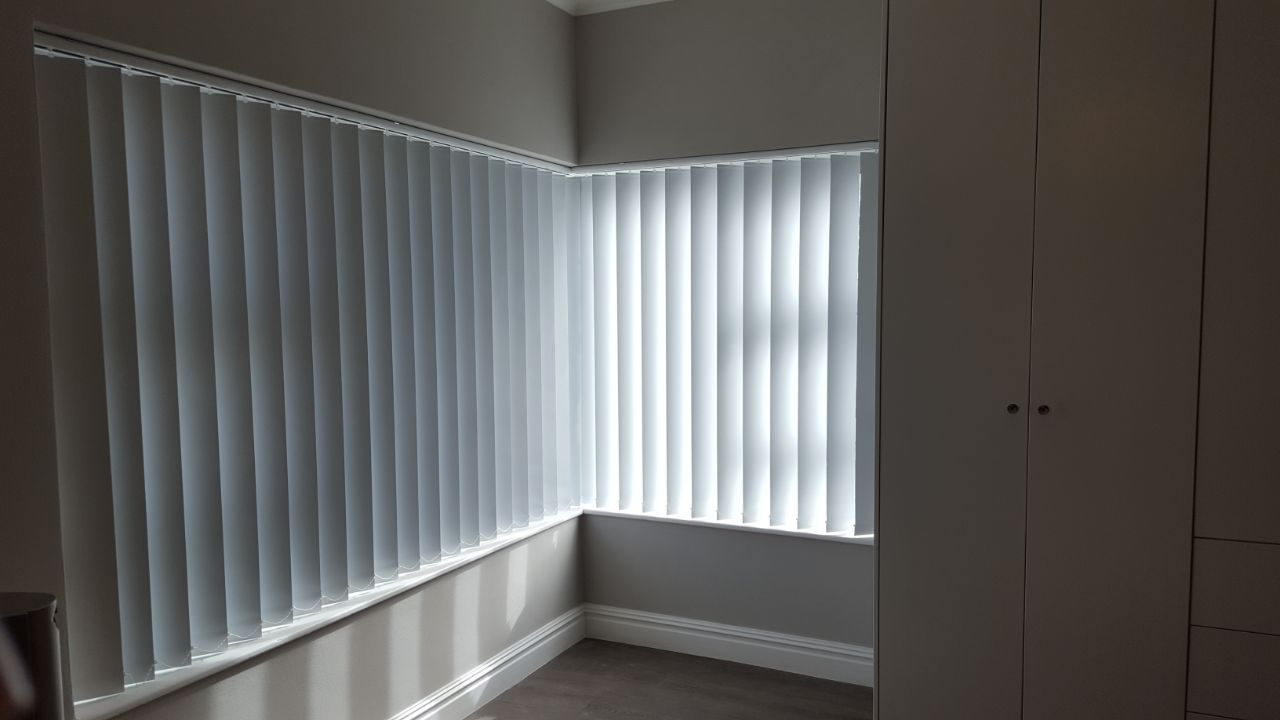 vertical-blinds-vertical-blockout-blinds-