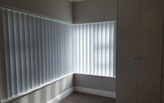 vertical-blinds-vertical-blockout-blinds--320x202