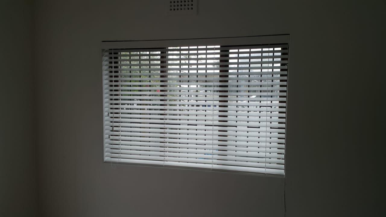 Office Blinds - Venetian - tlc flooring 3