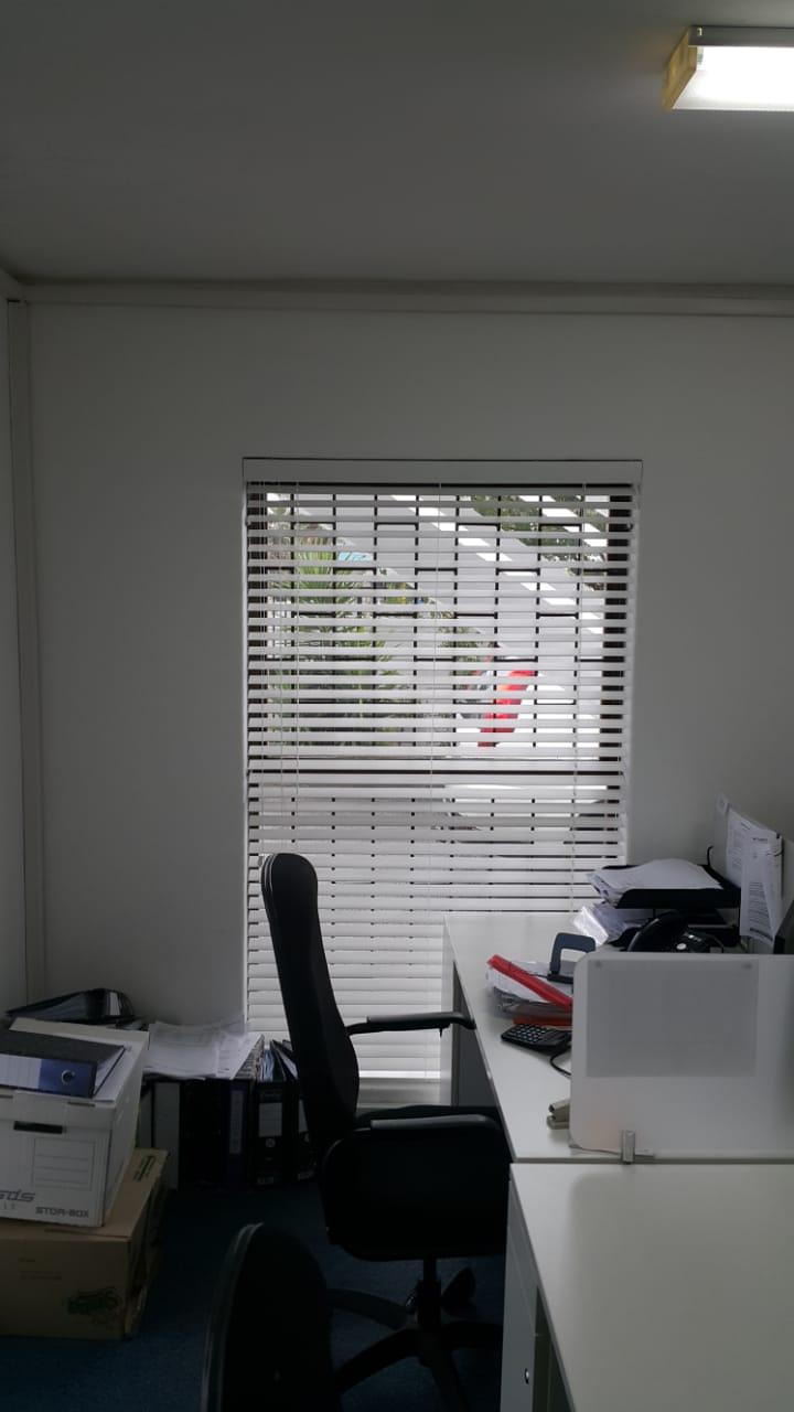 Office Blinds - Venetian - tlc flooring 4